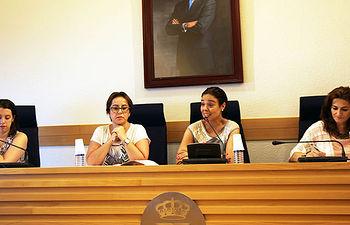 Pilar Zamora preside por primera vez el Consejo Local de la Mujer