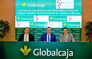 El COFCAM renueva con Globalcaja un convenio con condiciones ventajosas para los farmacéuticos colegiados de la región