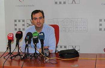 Ámgel Rubén Arias.