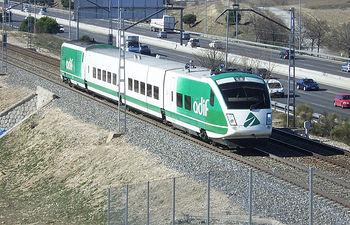 ADIF - Tren. Archivo.