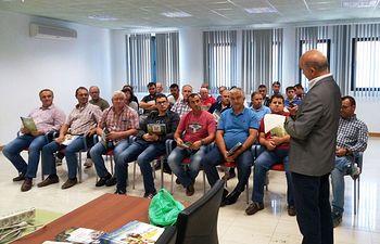 UPA CLM organiza diversas charlas informativas sobre seguros agrarios en numerosos pueblos de la región