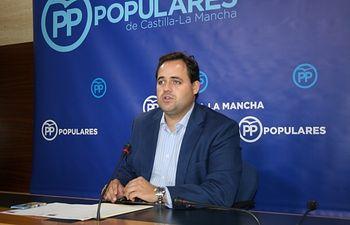 Paco Núñez, portavoz adjunto del Grupo Popular en las Cortes.