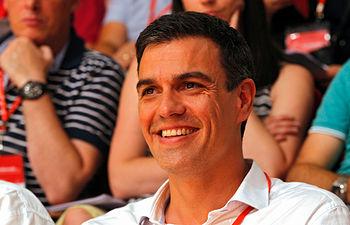 Pedro Sánchez ha sido elegido este sábado como Secretario General del Partido Socialista por aclamación por el millar de delegados que asisten al Congreso Extraordinario del partido.