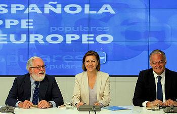 María Dolores de Cospedal preside la reunión del PPE
