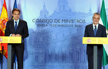 Zapatero y Griñán durante la rueda de prensa conjunta en Sevilla