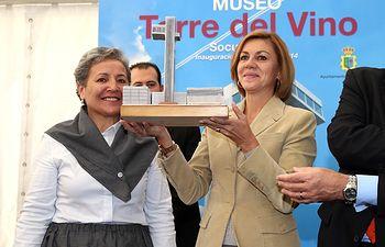Cospedal inaugura la Torre del Vino Museo Etnografico de Socuellamos