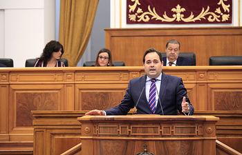 Paco Núñez, en el Pleno de las Cortes CLM