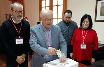 Votación Ruiz Santos en Villarrobledo.