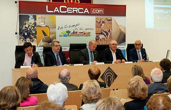 """Mesa presidencial de la presentación del programa """"Del Campo a la Mesa""""."""