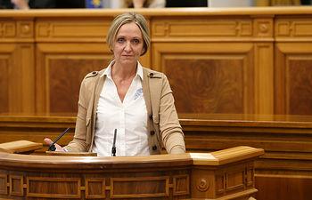 Carmen Casero en el Pleno de las Cortes de Castilla-La Mancha. Foto: JCCM.