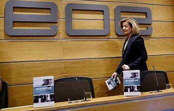 La ministra de Empleo y Seguridad Social, Fátima Báñez, a su llegada a la presentación del libro de Daniel Lacalle. (EFE). Foto: EFE.
