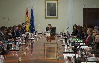 La vicepresidenta preside la reunión de la Comisión de Secretarios de Estado y de Subsecretarios. Foto: Pool Moncloa / Acceso libre.