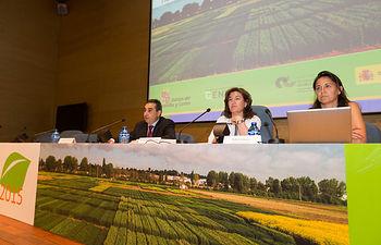El Ministerio de Agricultura, Alimentación y Medio Ambiente resalta la importancia que para los agricultores tiene la transferencia de conocimientos sobre las nuevas variedades de cultivos extensivos. Foto: Ministerio de Agricultura, Alimentación y Medio Ambiente