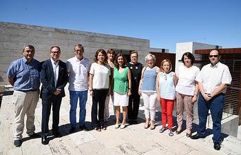Aurelia Sánchez se reúne con la nueva Junta directiva de CERMI. Foto: JCCM.