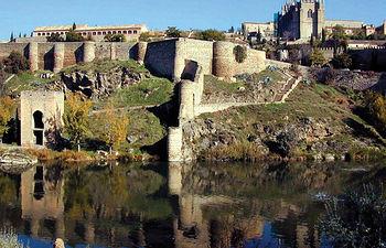 El río Tajo, a su paso por Toledo, forma parte de la historia de esta ciudad Patrimonio de la Humanidad por la UNESCO.
