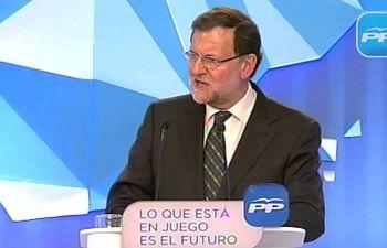 Rajoy: ¿Hay alguien que piense que los que dejaron España en quiebra puedan traer la recuperación?