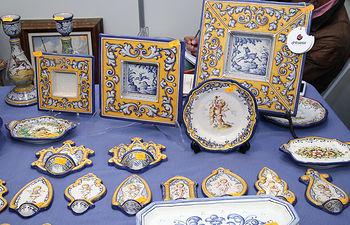 Toledo, 16-10-2015.- Stand de cerámica de Talavera en la  XXXV edición de la Feria Regional de Artesanía que se celebra en Toledo, FARCAMA 2015. (Foto: Álvaro Ruiz // JCCM)