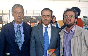 De izquierda a derecha, José Ramón Montoya, Ricardo Delgado y Pablo Toledano, este miércoles 5 de abril en Pozoblanco.