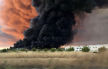 Incendio en Chiloeches. Foto Twitter Lorena García @LorenaGDiez