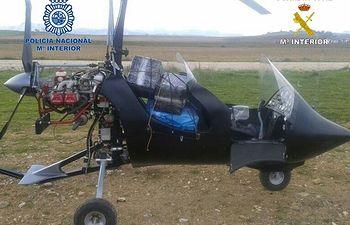 Interceptado en la Costa del Sol un autogiro cargado con 110 kilogramos de hachís. Foto: Ministerio del Interior