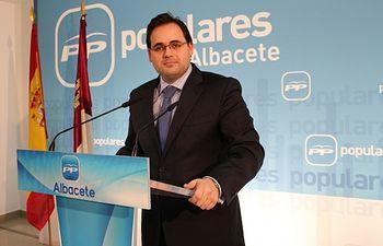 Francisco Núñez en rueda de prensa.