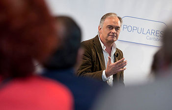 Esteban González Pons durante su intervención