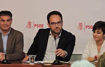 Manuel González Ramos, Antonio Hernando e Isabel Rodríguez