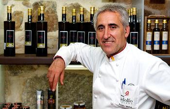 Adolfo Muñoz.