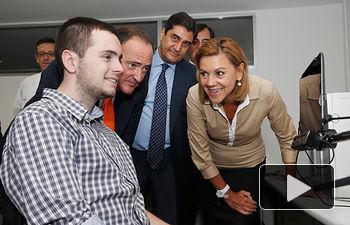 Cospedal con Álvaro Flandes en la presentacion del Proyecto Adaptive de Bankinte.