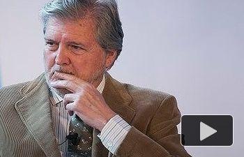 PP: Iñigo Méndez de Vigo modera la mesa 'Un pacto educativo integrando todas las partes',