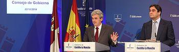 Esteban y Echániz informan del Consejo de Gobierno 231014. Foto: JCCM.
