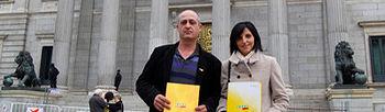 Todos los grupos políticos, a excepción del PP, apoyan que sea obligatorio detallar el país de origen en el etiquetado de la miel. Foto: COAG.