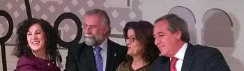 La decana de la Facultad, el alcalde de Talavera, la presidenta de la Cámara de Comercio y el presidente de la FEDETO.