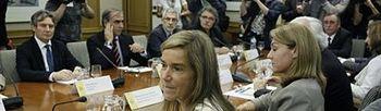 Ana Mato durante la reunión (Foto: EFE)