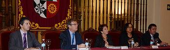Autoridades participantes en la clausura.