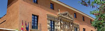 Palacio de los Condes de Cirat, llamado también la Casa Grande, sede del Ayuntamiento de Almansa desde 1996.