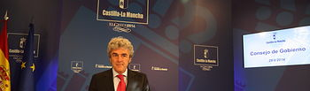 Leandro Esteban en la rueda de prensa del Consejo de Gobierno 29082014 I. Foto: JCCM.