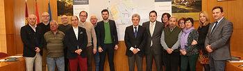 Leandro Esteban presenta Plan de Barrios de Almansa 1. Foto: JCCM.