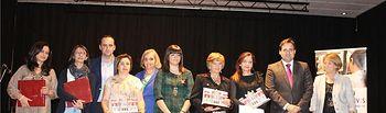 El presidente de la Diputación, Francisco Núñez, entrega en Valdeganga los premios del I Certamen de relatos breves para mujeres emprendedoras