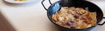 El Bonillo ofrece al visitante platos típicos de la gastronomía castellano-manchega.