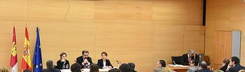 La directora del Instituto de la Mujer destaca el esfuerzo que se hace en Castilla- la Mancha para reducir la brecha de género. Foto: JCCM.