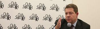 El presidente de Castilla-La Mancha, Emiliano García-Page participa, en el almuerzo coloquio del Club Siglo XXI, en los salones del club en el edificio Eurobuilding. (Fotos: Ignacio López//JCCM)