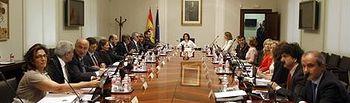 Sáenz de Santamaría preside la Comisión General de Secretarios de Estado y Subsecretarios