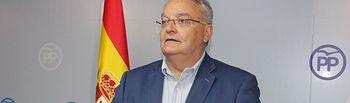 El senador Juan Antonio de las Heras.