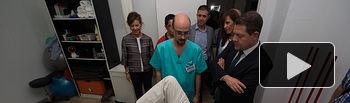 Emiliano García-Page inaugura la sede de la Asociación de Familiares y Enfermos de Párkinson de Albacete