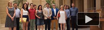 Parejas seleccionadas como Manchegos de la Feria de Albacete 2015, junto al alcalde y los miembros del jurado que las han elegido.