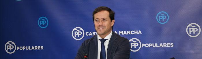 Carlos Velzquez.