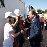 Vicente Casañ, alcalde de Albacete, visita las obras del CEIP del barrio Imaginalia. Foto: Manuel Lozano García / La Cerca