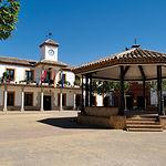 Plaza del Ayuntamiento en Nambroca (Toledo).