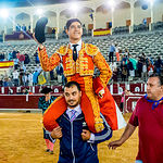 Puerta grande para Luis David Adame - Corrida Feria de Albacete del 13 de Septiembre de 2016